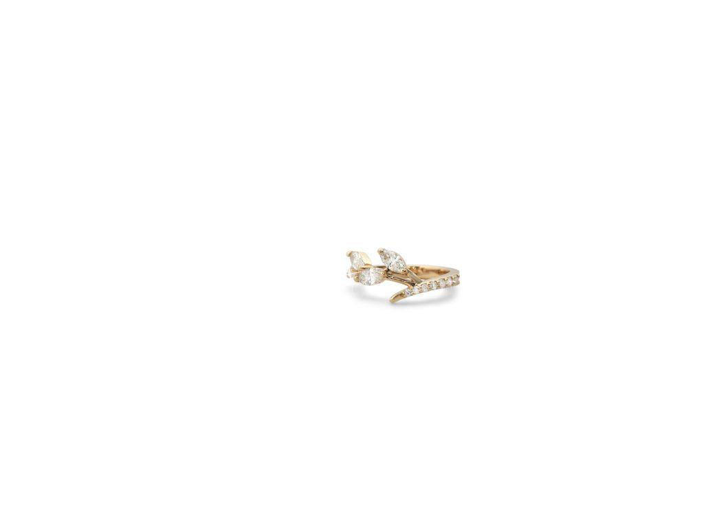 Betoverende rosé gouden ring Hans Sandor Nagy